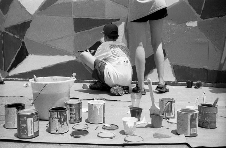 Leica IIIc - 8th Grade RHS Painting Woolworths Facade